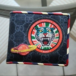 Gucci x Supreme Night Courrier Wallet